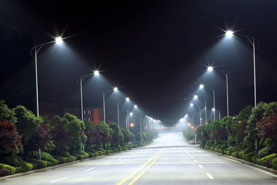 Oświetlenie uliczne przy pomocy diod LED w USA.